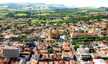 Cambará e Jacarezinho estão entre as cidades com maior geração de empregos no Paraná
