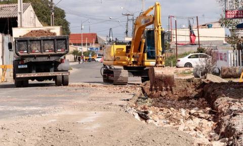 PINHAIS - Iniciam as obras de melhorias em vias do Jardim Cláudia