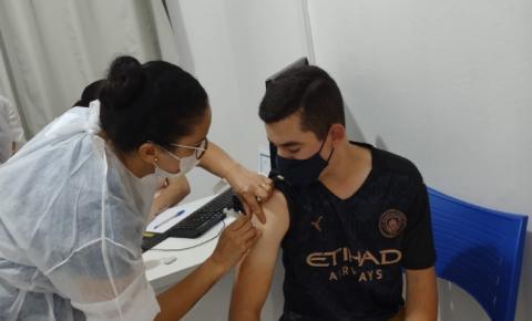 Adolescentes de 15 anos serão vacinados nesta quinta (30) em Jacarezinho