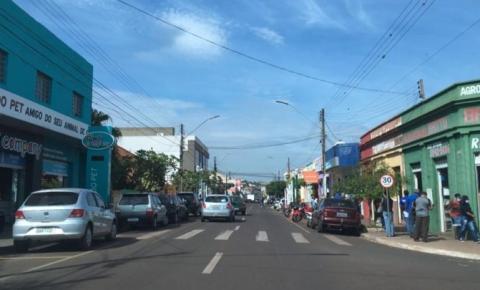 Municípios do Norte Pioneiro protestam contra decreto do governador e mantêm comércio aberto