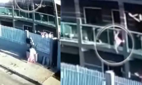 Vizinho de 75 salva menina que caiu do 3º andar de prédio. Vídeo