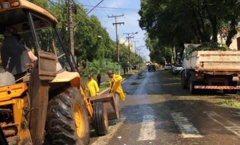Moradores devem ter tempo bom para reparar estragos da tempestade