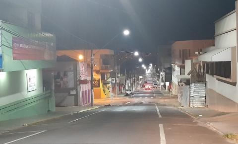 Decreto autoriza comércio abrir nesta sexta (4) até às 22 horas em Jacarezinho