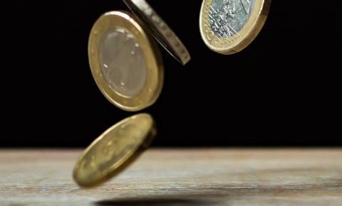 Governo sanciona lei que regula pagamento de auxílio a trabalhadores