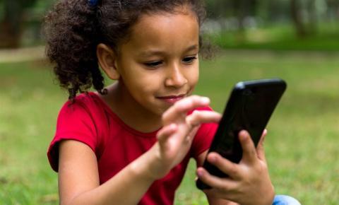 Alunos das escolas municipais de Ibaiti terão aulas pelo aplicativo WhatsApp