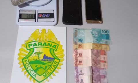PM detém dupla ourinhense com maconha em Jacarezinho