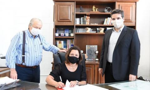 UENP assina Protocolo de Intenções com a UNIFIO