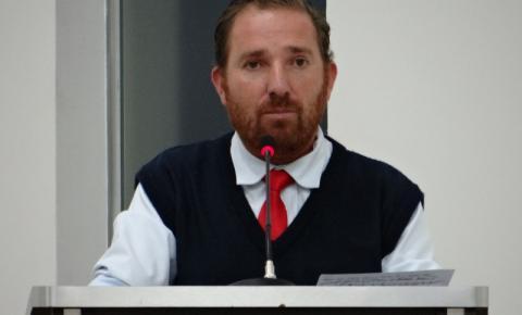 """""""Orçamento para saúde é prioridade"""", diz Vermelho após aprovação de projeto para pagamento de inativos"""