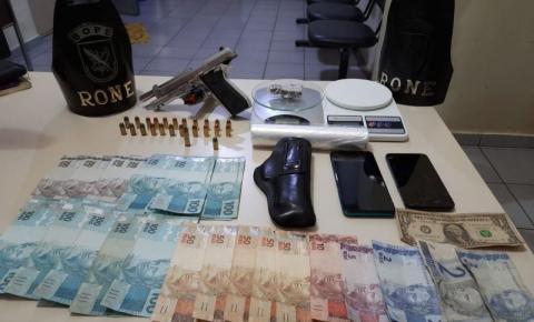 Dupla é presa com pistola e drogas pela equipe do Bope em Siqueira Campos
