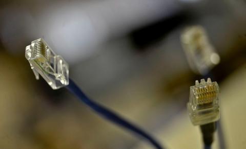 Pandemia da Covid-19 expõe fragilidade da conexão de internet no Brasil