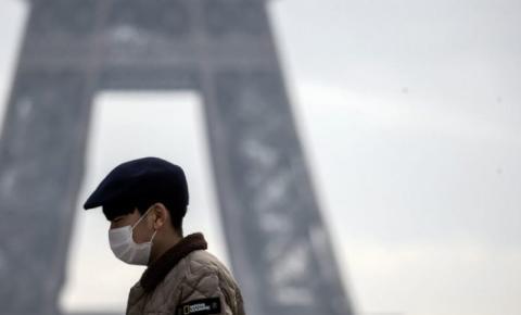 França retira obrigatoriedade do uso de máscaras ao ar livre