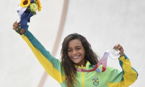 Rayssa, a Fadinha, é a mais jovem medalhista olímpica da história: skate