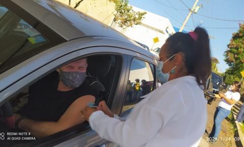 Quase 80% da população de Jacarezinho já foi imunizada com pelo menos uma dose contra Covid-19