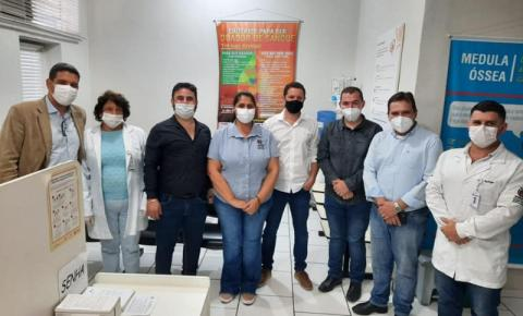 Prefeito de Ibaiti se compromete no envio de doadores de sangue para Hemocentro