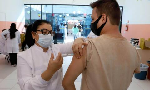 Paraná ultrapassa marca de 10 milhões de doses aplicadas contra a Covid-19