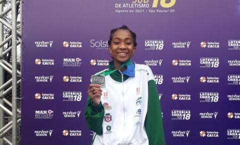 Jacarezinhense é vice campeã brasileira no atletismo